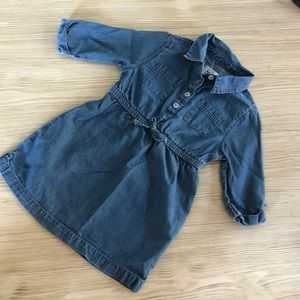 Girl 2T dress. In awesome shape.